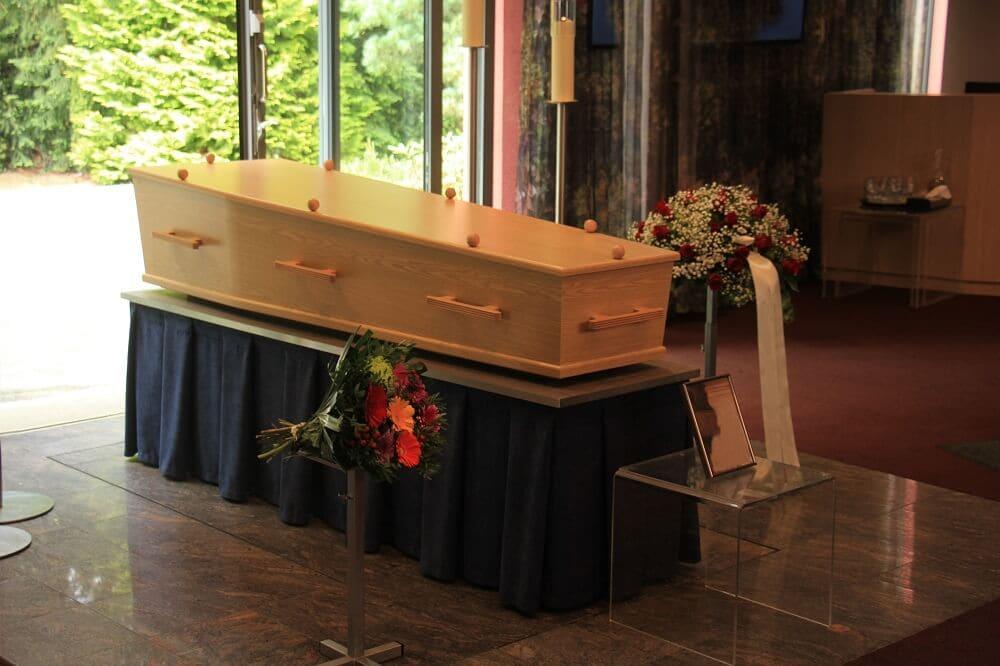 czym charakeryzuja sie trumny kremacyjne